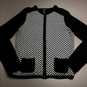 CHAPS ZIP UP SWEATER. Size Small/P/CH.